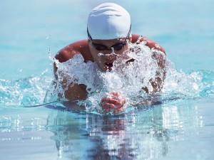 Научиться плавать брассом