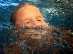 выдох в воду