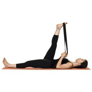 упражнение йоги лежа